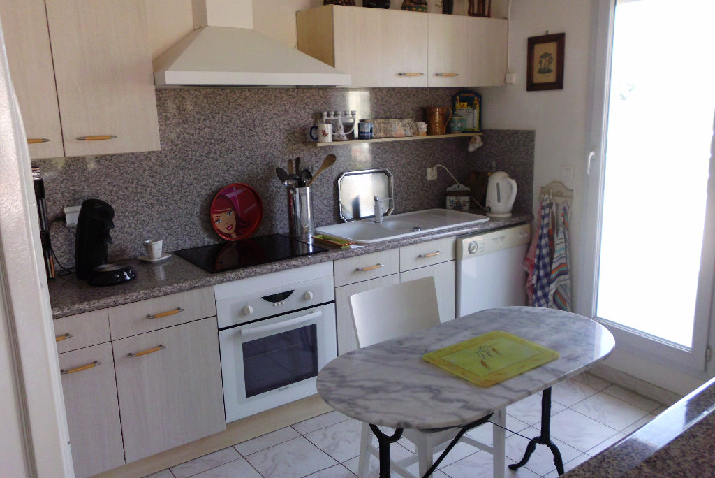 viager occup appartement t5 avec terrasse de 113m produit rare toulon ouest 83200 var. Black Bedroom Furniture Sets. Home Design Ideas