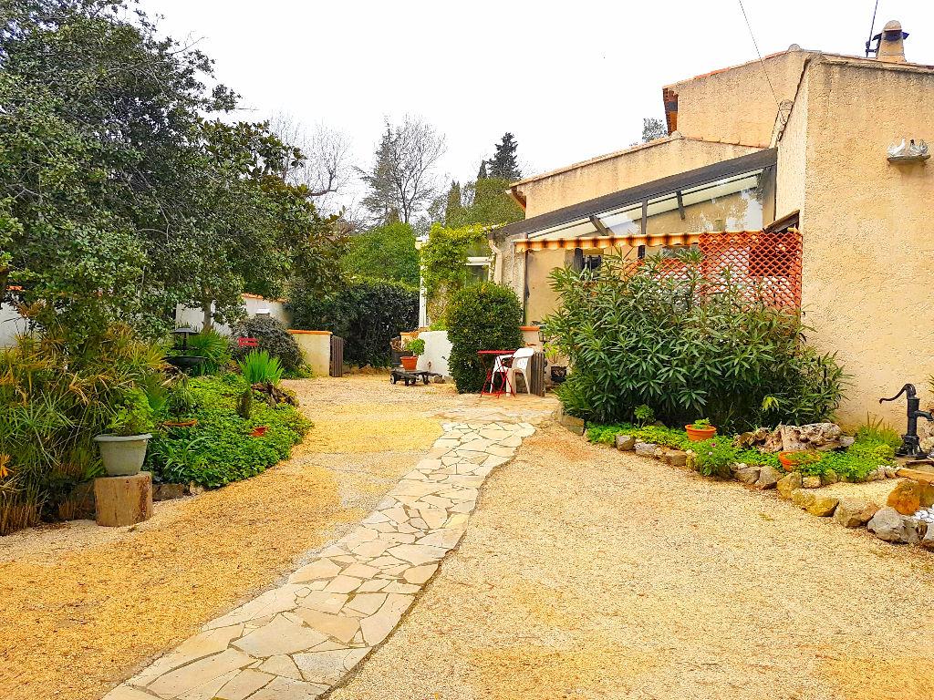 maison villa la seyne sur mer 83500 quartier fabregas. Black Bedroom Furniture Sets. Home Design Ideas