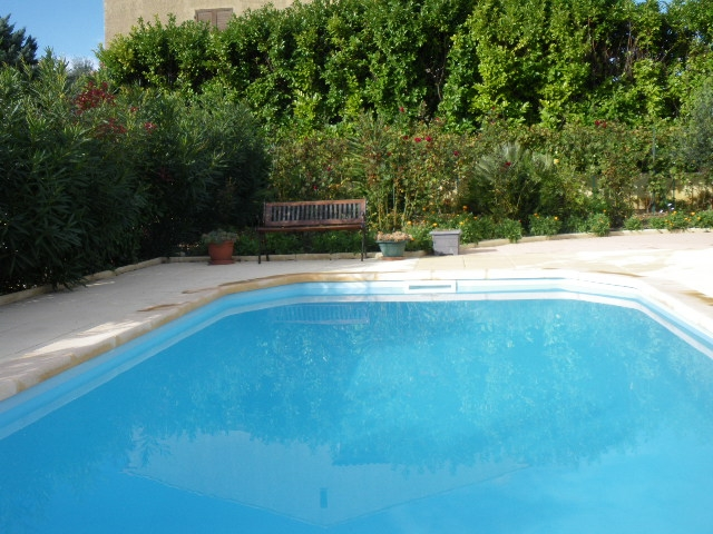 Archives villa t5 f5 sanary sur mer proche centre avec for Piscine sanary