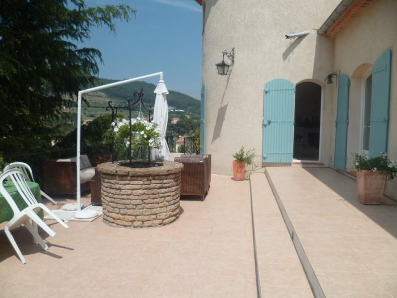 prise electrique liban hyeres devis estimatif fenetre 1 vantail 90 cm soci t llxqbo. Black Bedroom Furniture Sets. Home Design Ideas