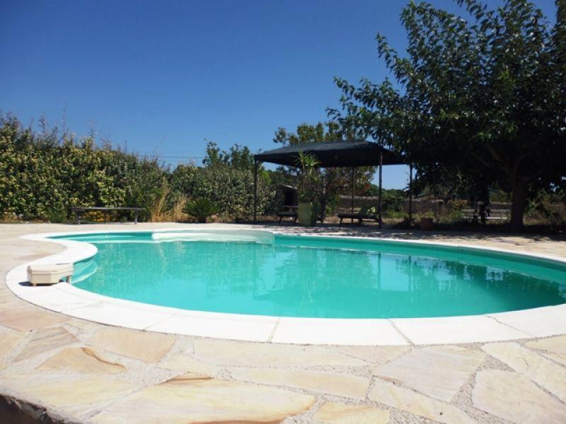 Location villa de luxe avec belle piscine ollioules 83190 for Piscine ollioules