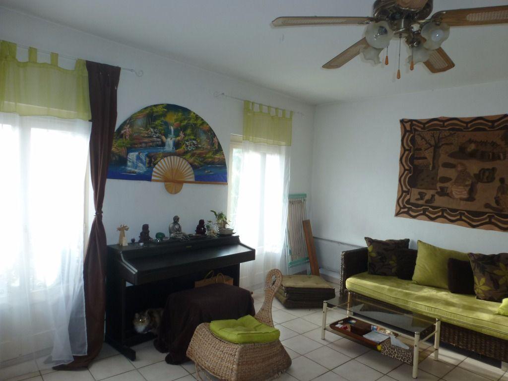 Appartement 3 pièces très lumineux dans petite résidence
