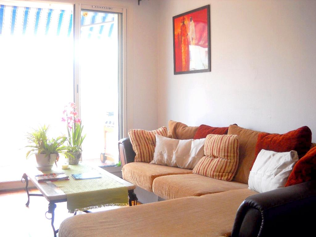 a louer a la seyne sur mer 83500 un appartement t3 avec garage et place de parking immobilier la. Black Bedroom Furniture Sets. Home Design Ideas