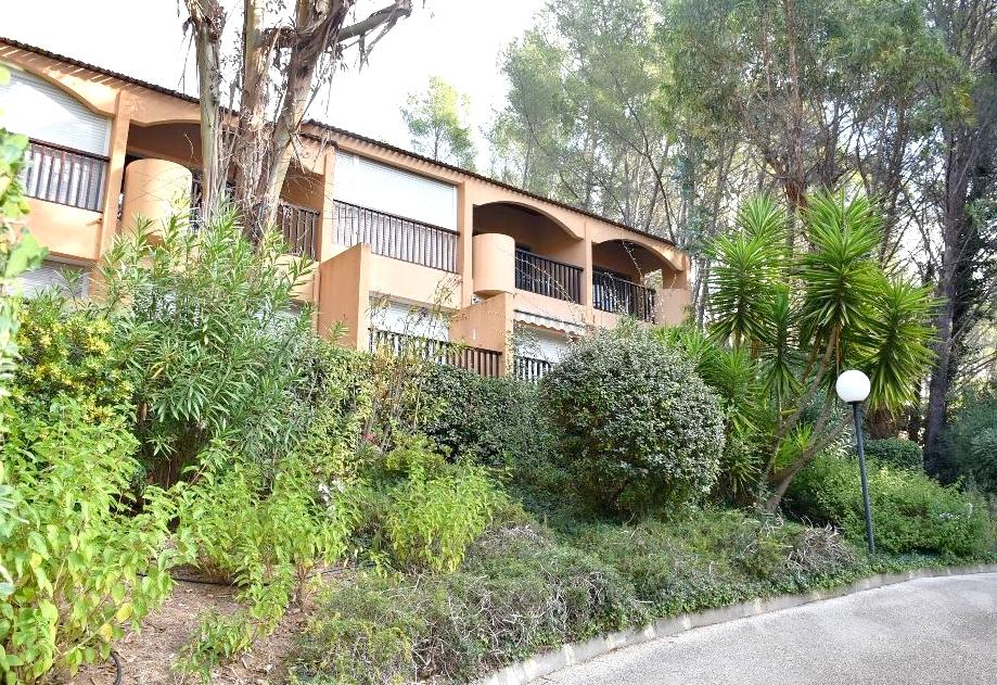 A vendre appartement 1 piece avec terrasse a sanary sur for Immobilier avec terrasse