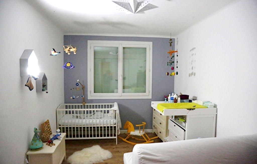 A vendre a sanary sur mer 83110 un appartement f3 avec for F3 appartement